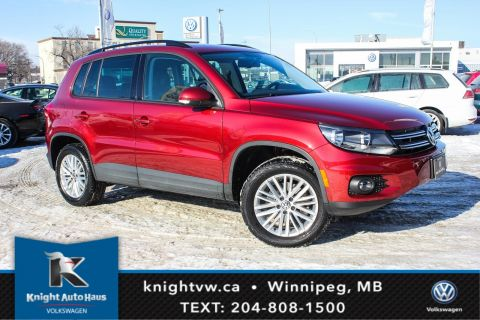 Certified Pre-Owned 2015 Volkswagen Tiguan Comfortline AWD w/Special Edition/Sunroof 0.9% Financing Available OAC.