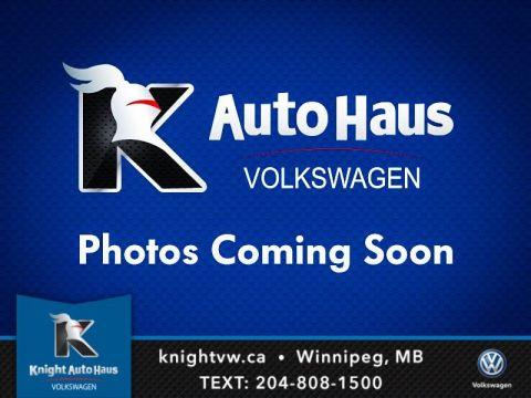 Certified Pre-Owned 2015 Volkswagen Tiguan Comfortline AWD w/Leather/Sunroof/Sport 0.9% Financing   Available OAC.