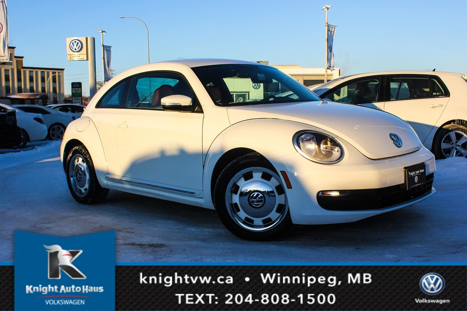 Certified Pre-Owned 2016 Volkswagen Beetle Coupe Classic w/Nav 0.9% Financing Available OAC.